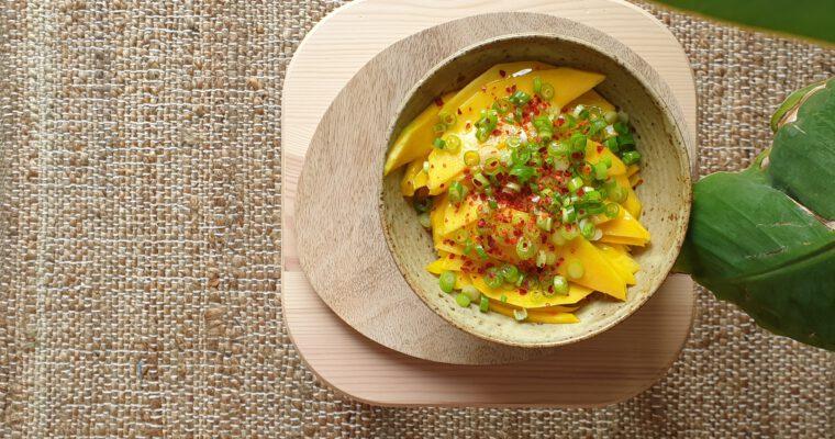 Easy-peasy Mango-Tango: ein feurig-fruchtiger Sommersalat